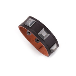 Wholesale leather celtic studs - Wholesale- Trendy Pyramid Stud Bracelet Stocks Wholesale Mens Leather Bracelet Manufacturer