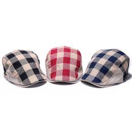 Wholesale Duckbill Caps - Wholesale-New Casual Newsboy Beret Hat Men Women Checked Duckbill Cap Summer British Style Golf Driving Flat Cabbie Hats Adjustable