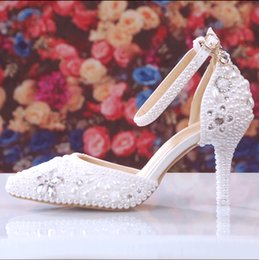Wholesale Diamond White Wedding Shoes - Summer New pearl inlay diamond wedding shoe bride shoes high with fine with photography show party shoes