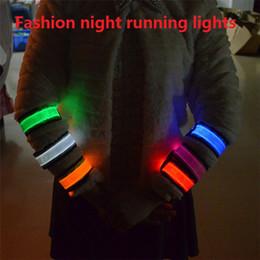 Bande de brassard à LED bande de signalisation léopard bracelet LED piétons à vélo la nuit en cours d'exécution la bande de sport bande de bras parti ceinture M513 ? partir de fabricateur