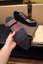 Chaussures de travail décontractées et respirantes en Ligne-Fashion Show Business Mens Casual Oxfords chaussures respirant robe en cuir de vache chaussures édition originale noir Chirstmas Size38-44