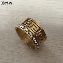 Dito dei dadi online-Anelli larghi di marca 10mm oro FILLED Multilayer Hollow greco per gli uomini donne Trendy Stack Ring gioielli femminile anello di dito