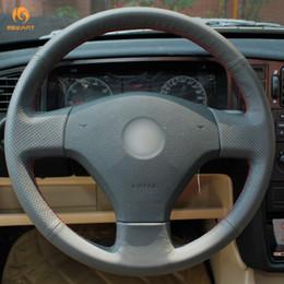 Velhas rodas de direção do carro on-line-Mewant preto couro artificial tampa do volante do carro para volkswagen vw jetta 5 2006-2010 velho jetta