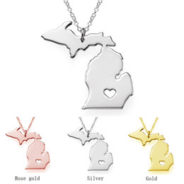 Wholesale Necklaces For Love - Michigan Map Stainless Steel Pendant Necklace with Love Heart USA State MI Geography Map Necklaces Jewelry for Women and Men