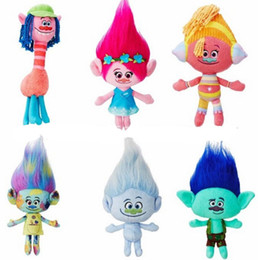 Bonecos de cara on-line-6pcs / Lot 23-30cm DreamWorks filme Trolls Plush Toy Boneca Poppy Cooper DJ Suki Harper Guy Diamante Filial Stuffed Dolls NOOM016