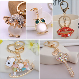 Wholesale Wholesale Electronics Clothing - Crystal Pendant Cherry Elephant Owl Swan Key chains Red Lips Clothing Accessories Sparkling Keyring Key Rings C138Q