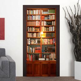 2019 estantería de libros 77 * 200 cm 3D Librería Mural Puerta Etiqueta 3D decorativos Muchos libros Puerta Mural Decal decoración para el hogar estudio de la habitación para niños estantería de libros baratos