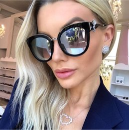 Wholesale Handmade Sunglasses - Luxury diamond sunglasses handmade crystal Cat Eye Sunglasses Women oversize fashion female sun glasses mirror sunglasses yellow lens oculos