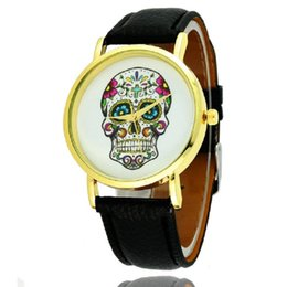Wholesale Watch Woman Leather Skull - Cool Skull pattern watch fashion mens women leather watches golden dial students wristwatch casual ladies dress quartz wrist watches