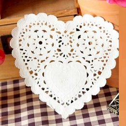 Wholesale Round Wedding Table - 1000pc FreeShip Create Craft 10cm=4'' Heart White Paper Lace Doilies Placemat pads mats for Wedding table Decoration#37G