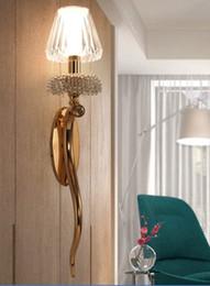 Cristal clásico para sala de estar online-Classic European Gold Metal Crystal E14 lámpara de pared para sala de estar pasillo entrada baño Deco Light H 67cm 80-265v LLFA