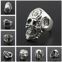 Retro Herren Gothic Big Skull Ring Legierung Skeleton Ring geschnitzt Punk Style Großhandel Bulk Anti-Silber Religion Statement Ringe von Fabrikanten