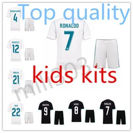 Wholesale Tops Soccer Boys - Top Quality 17 18 Real Madrid kids soccer jersey kits youth boys child jerseys kits 2017 2018 RONALDO BALE ISCO goalkeeper Football kit
