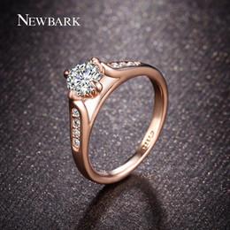 NEWBARK Classic Rose Gold Color 1carat Top Cubic Zircon Femmes Bagues de mariage Anneaux Prong Set Joaillerie Cadeaux q170720 ? partir de fabricateur
