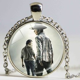 Wholesale American Walk - New Design Movie Jewelry The Walking Dead Necklace Pendant Fear The Living Pendants Bronze Charms Jewelry