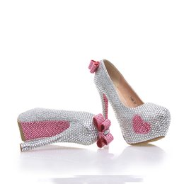 Wholesale Cute Stiletto Shoes - Newest Designer Silver With Pink Color Bridal Weddig Shoes Cute Pink Rhinestone Bowknot Decoration Party Prom Anniversary High Heels