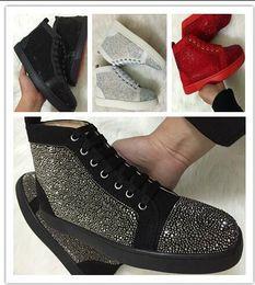 Canada 2017 nouvelle marque de luxe en gros chaussures de sport en cuir véritable avec Rivet à pointes rouges semelles formateurs hommes baskets taille: 36-47 drop sh cheap shoe soles wholesale Offre