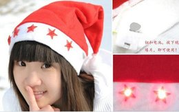 Acheter en ligne Chapeau led livraison gratuite en gros-Vente en gros - Ailin Red Led Flashing Christmas Hats XMAS Santa Caps Décoration Light Up Caps Non-woven Christmas Cap star Livraison gratuite
