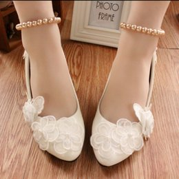 Wholesale Pictures Mouth - Han edition shallow mouth high documentary shoes White lace flat shoes The bride wedding dress shoes women taking pictures