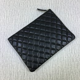 Wholesale Large Black Genuine Leather Handbag - High Quality Women's Small 28CM Large 35CM Fashional Designed Lampskin Leather Clutch Bag Ipad Bag Quilted Zipper Handbag