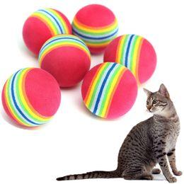 3.5 см кошка Радуга играть мяч собака щенок ужин Q цветной мягкой пены Радуга жевать погони коробочки игрушки для животных от Поставщики коробочка