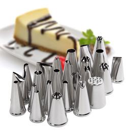 2019 torta in miniatura all'ingrosso 24pcs Icing Piping Nozzle Tips Set Cake Decorating Set strumento di decorazione torta di cottura