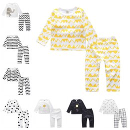 Wholesale Boys Pajamas 18 Months - Baby Boys Girls Pajamas Sets 2PCS Warm Sleepwear Sleepsuit INS Cotton Long Sleeve Tops Long Pants Trousers 8 Colors Kids Clothes XY202