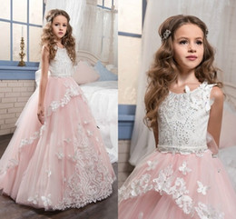 Wholesale Dress Kid Flora - Sweet Blush Pink Ball Gown Kids Formal Evening Gown 3D-Flora For Communion Lace Appliques Sweep Train 2017 Flower Girls Dresses For Weddings