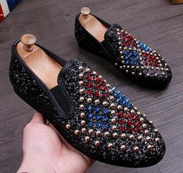 Wholesale Wedge Studded - 2017 New Arrival Men Glitter Studded Rivet Spike Casual ShoeS Flats Male Homecoming Dress Wedding Prom Shoes Driving Loafers