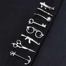 1 Pièce Plume Lunettes Ancre Moustache Forme De Clé Argent Pince À Cravate En Métal pour Hommes Cravate Cristal Cravate Clips Broches Pour Hommes Cadeau ? partir de fabricateur