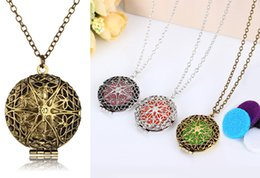 Wholesale Engraving Brass - Hollow Lotus Engraved Essential Oil and Perfume Aromatherapy Diffuser Locket Necklace with 5 Refill Pads B394Q