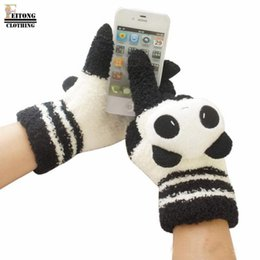 Wholesale Multi Deals - Wholesale- FEITONG Super Deal 2016 Women Winter Warm Fashion Cute Animal Panda gloves Mittens Screen Hand Warmer Guantes Mujer