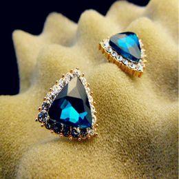 Wholesale Hook Diamond Earrings - 1 Pair Exquisite Triangular Diamond-studded Eardrop Dangler Anti-allergy Earrings Ladies Jewelry Earrings Ear Hooks Short Section Earrings