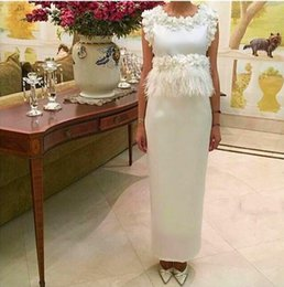 Wholesale Ostrich Feathered Short Prom Dresses - Saudi Arabia Latest Prom Gowns Crew Neck with Ostrich Feather and Hand Made Flowers Arabic Evening Dresses Dubai