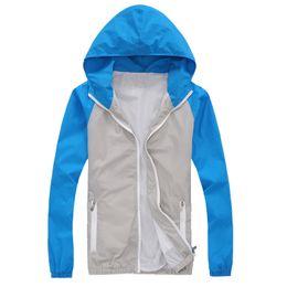 Wholesale Hooded Mens Light Jacket - Sunscreen Brand Clothing 2017 Couples Light Men Bomber Jacket Hooded Reflective Windbreaker Mens Casual Coat Chaquetas Hombre