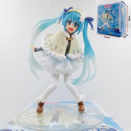 2019 hüte miku puppe modell Yuki Miku Actionfigur Winter Wear Version Hatsune Miku Schneeanzug Anime Modellfiguren PVC Colloection 15cm Cortoon Puppe T7193 günstig hüte miku puppe modell