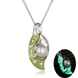 Wholesale Girl Night - 2017 luxury Hollow out luminous night locket statement necklace jewelry fresh Pearl oysters lover Pendant necklaces for girls adorn article