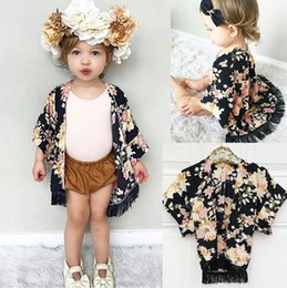 Wholesale Gilrs Coats - 2017 Gilrs Childrens Poncho Fashion Black Floral Outwear ins Newest Girl Kids Tench Coats Boutique Enfant Clothes Wholesale Free Shipping