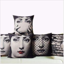 Чехол для лица черепа онлайн-Wholesale- Vintage Fornasetti Art Beauty Face SKULL Custom Made Pillow Cover Black and WHite Pillow Case Pillow Cover Decorative Pillowcas