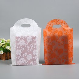 2019 bolsas de regalo de plástico de colores 35 * 50 Bolsas de Regalo de Plástico Thicher PVC Ropa de Colores Bolsas de Compras Bolsas de Embalaje Al Por Mayor Envío Gratis - 0033Pack rebajas bolsas de regalo de plástico de colores