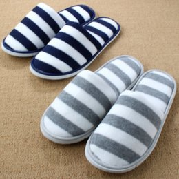 Wholesale Unisex Bedroom Slippers - Wholesale- Travel Pantoufle New Plush Floor Cotton Bedroom Home Shoe Woman Indoor Slipper For Men Ladies Hotel Femme Pantufa Chinelos Homem