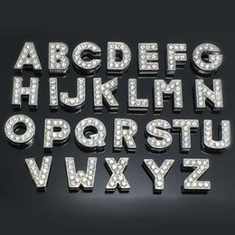 colar de diamante rosa Desconto 260 pçs / lote DIY Letras de slides A-Z com strass para coleiras de gato de estimação com barra de slides