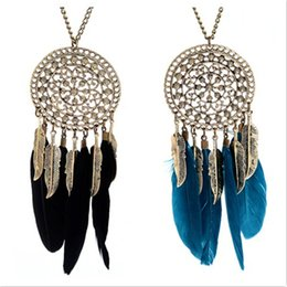Wholesale Leaf Catcher - Wholesale-Bohemian Vintage Feather Leaf Metal Hollow Dream Catcher Charm Pendant Necklace Silver Plated Rhinestone Sweater Chain Statement