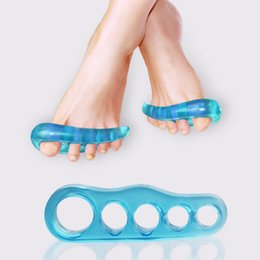 Wholesale bunion toe spreader - Gel Silicone Bunion Corrector 1 Pair Toe Separators Straightener Spreader Foot Care Tool Hallux Valgus Pro massager silicone high quality