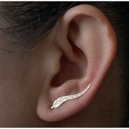 Wholesale Beautiful Feather Earrings - Vintage Jewelry Exquisite Gold Color Leaf Earrings Modern Beautiful Feather Stud Earrings for Women