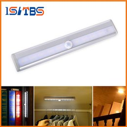 Wholesale Ir Light Bar - Motion Sensor LED Cabinet Light 10leds LED Night Light Wireless LED bar light Lamp With IR Motion Detector For Cabinet Bookcase