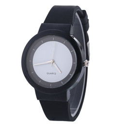 Wholesale Jelly Rubber Womens Wrist Watch - Unisex Silicone men casual watch Simple rubber jelly candy quartz watches mens womens ladies colorful fashion wrist watches wholesale
