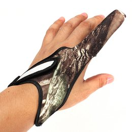 Wholesale Camouflage Gloves - Wholesale- Casting Glove Finger Stall Protector Sea Fly Carp Fishing Camouflage