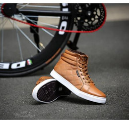 Wholesale Yellow Wedge Boots - Wholesale-Mens Fashion Ankle Boots Breathable Design New High-top mens shoes EU 39-44 Good Quality Man Casual Lace-up Sneakers