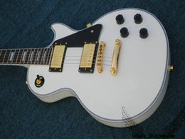 Wholesale White Guitar Gold Hardware - High Quality Custom Shop Electric Guitar In White Gold Hardware OEM From China